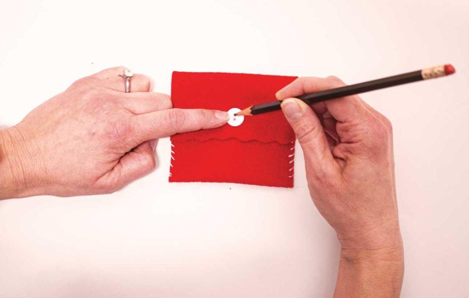 Felt envelope Valentines crafts