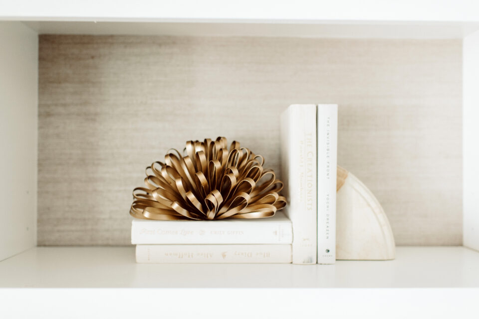 holiday shelf ideas
